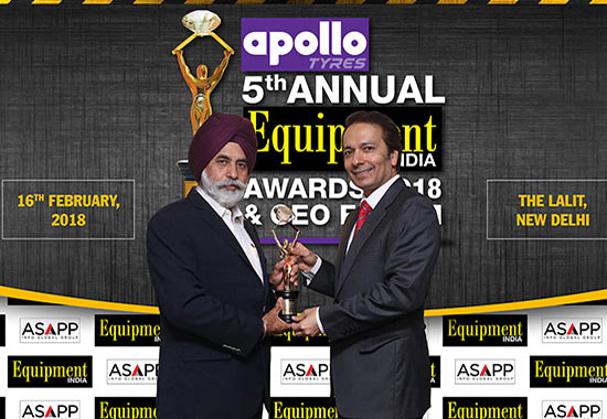 Equipment India Person of the Year: Sandeep Singh, Managing Director, Tata Hitachi Construction Machinery Co (left), receiving the award from Pratap Padode, President, FIRST.