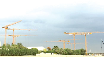 Potain MCT 205 cranes help build luxury homes in Dubai