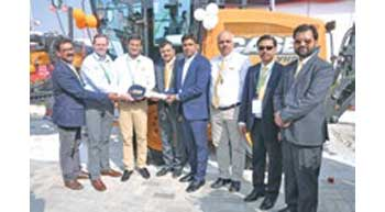 CASE delivers 100th motor grader of the year in India