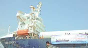 Krishnapatnam Port handles windmill cargo