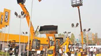 JCB showcases new range of equipment at ConMac 2017