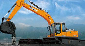 XCMG introduces amphibious excavator