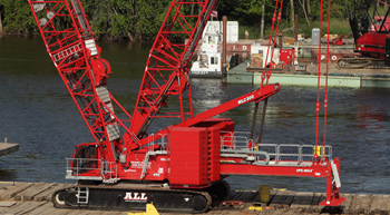 Barge-mounted MLC300 helps in Illinois bridge replacement