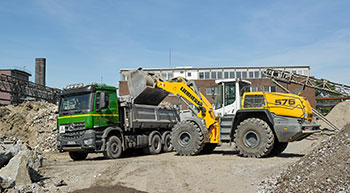 New Liebherr wheel loader joins Hans Dömkes fleet