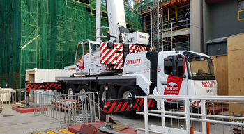 Compact GMK4100L-1 tackles crowded Melbourne job sites
