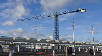 UK's largest flat-top crane lands at Heathrow Airport