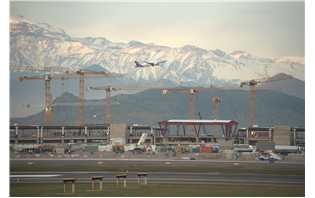 23 Liebherr tower cranes at Chile airport expansion project