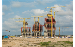 COMANSA cranes build luxury residential complex in Nigeria