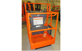 New small platform for all JLG engine-powered boom lifts