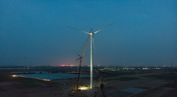 XCMG crane installs highest impeller on wind farm