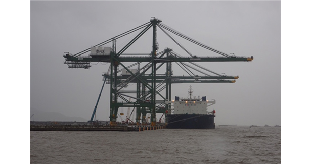 BMCT receives 3 new quay cranes