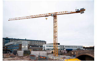 ByggDialog using largest Potain topless tower crane