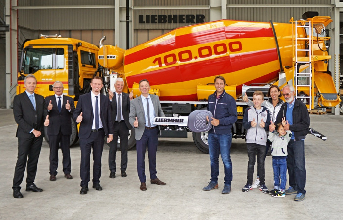 Liebherr delivers 100,000th truck mixer