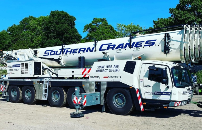 UK rental player takes delivery of Grove GMK5250XL-1 crane