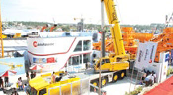 Manitowoc Cranes enjoys success at Excon 2015