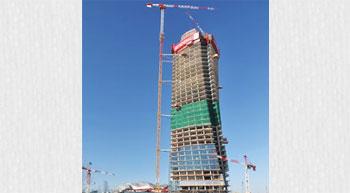 Potain tower cranes build Italy´s rising skyline